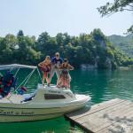 Renting a boat on Plivsko jezero
